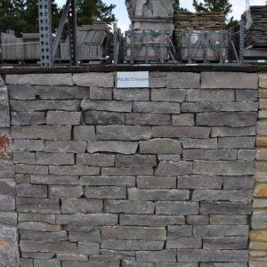 Natural thin veneer stack stone